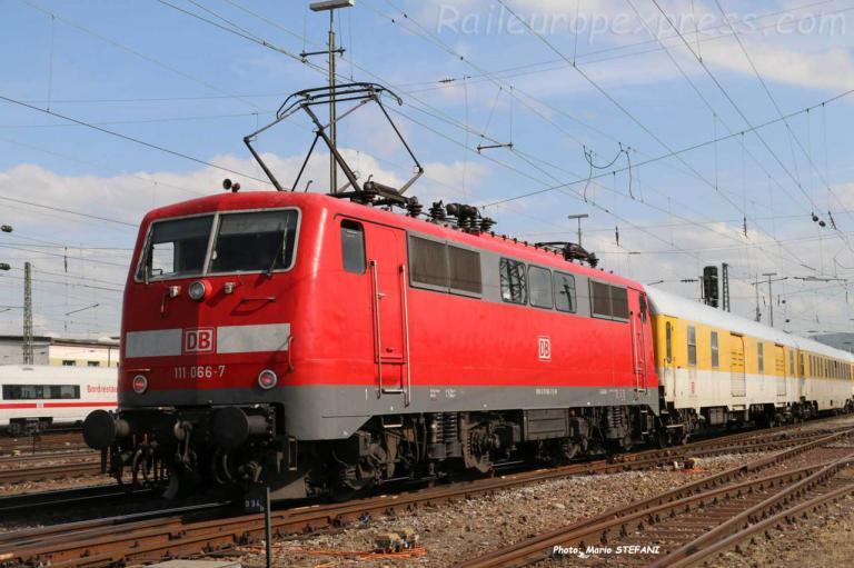 111 066-7 DB à Basel (CH)
