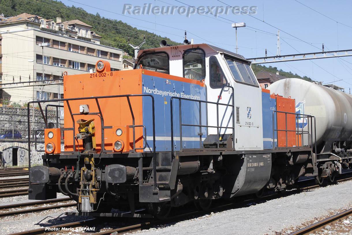 214 002-8 D NBEG à Neuchâtel
