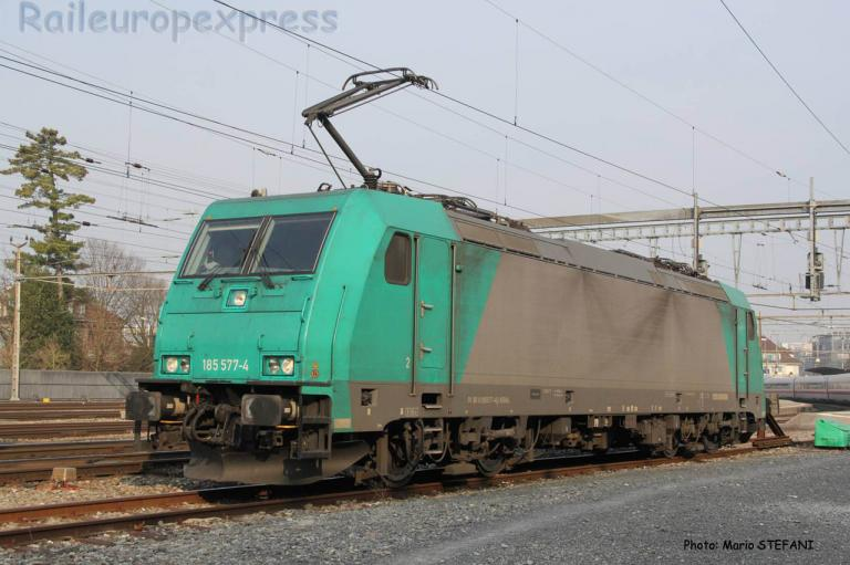 185 577-4 Crossrail à Thun (CH)