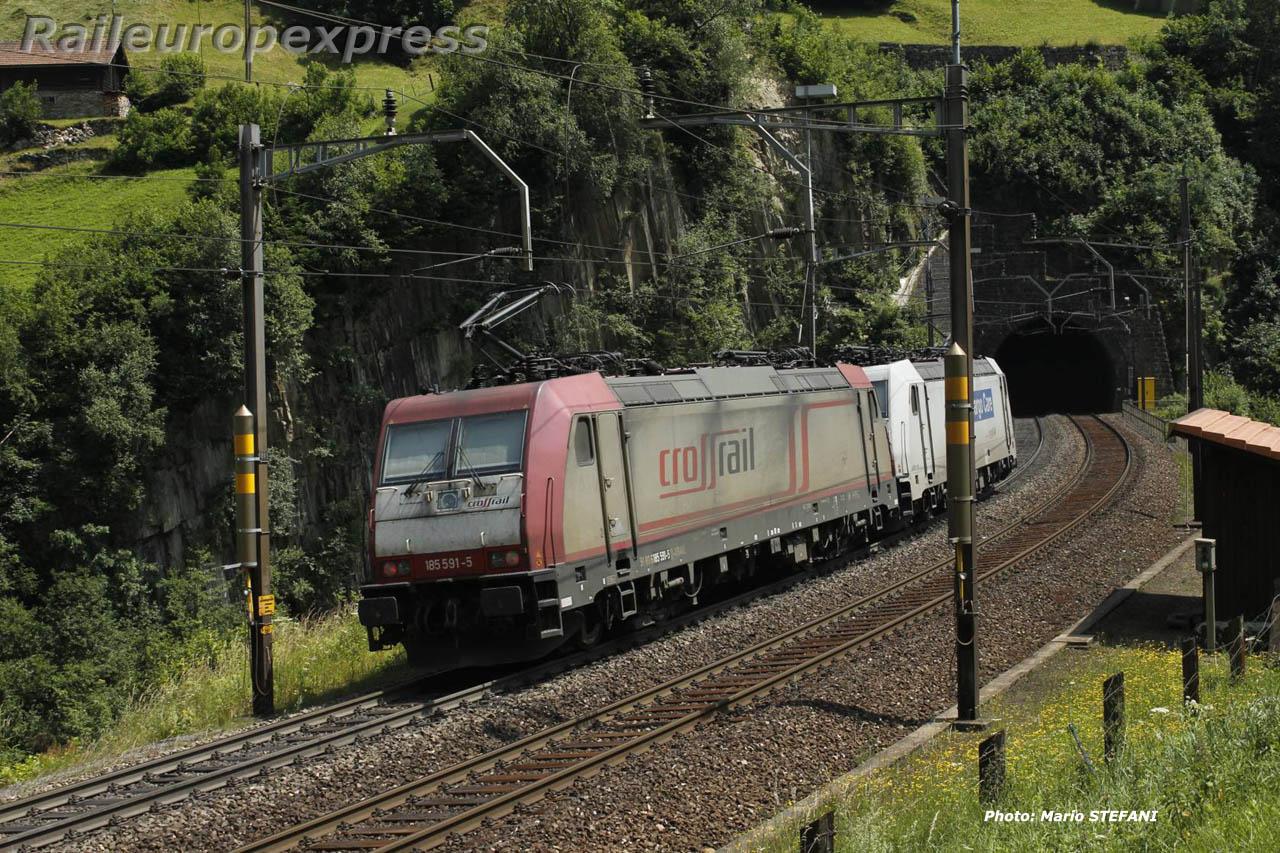 185 581-6 Crossrail à Wassen (CH)