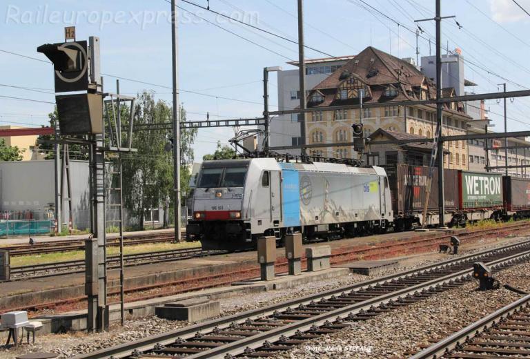 186 103-8 BLS à Pratteln (CH)