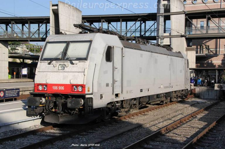 186 906-4 Crossrail à Spiez (CH)