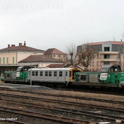 2 BB 69000 et voiture Mauzin 216 SNCF à Langeac (F-43)