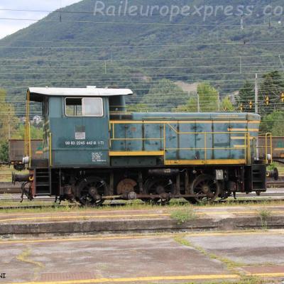 245 442-8 FS à Domodossola (I)