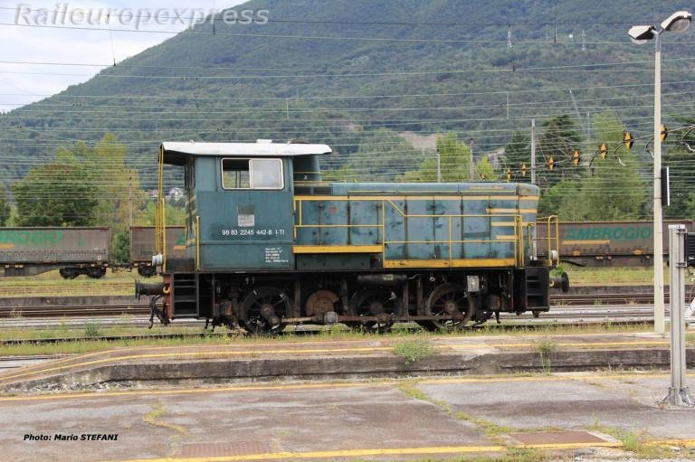 2245 442-8 FS à Domodossola (I)