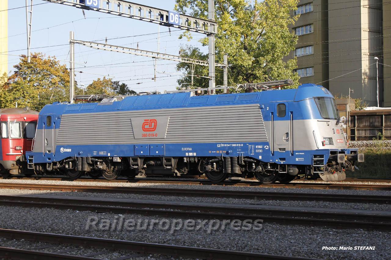 380 019-0 CD à Bern