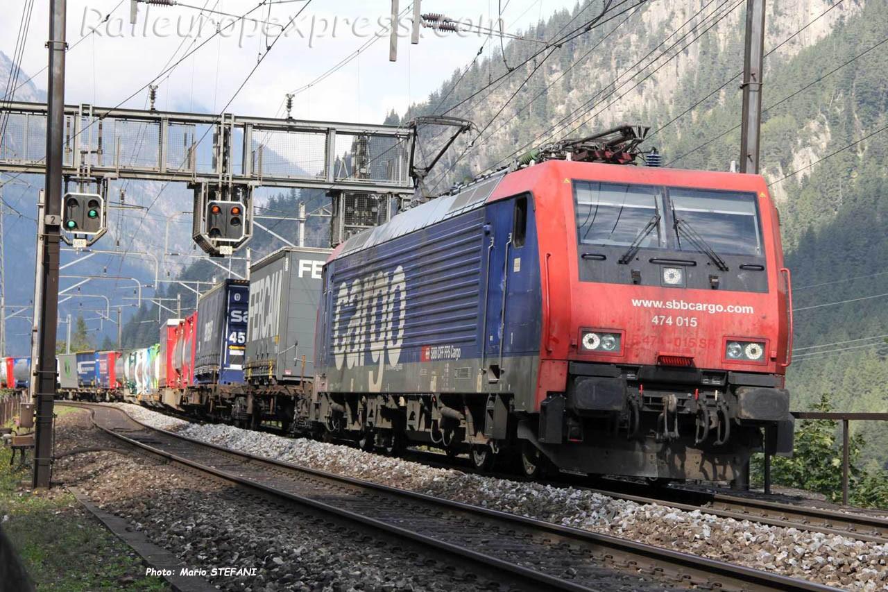 474 015 CFF à Goeschenen (CH)