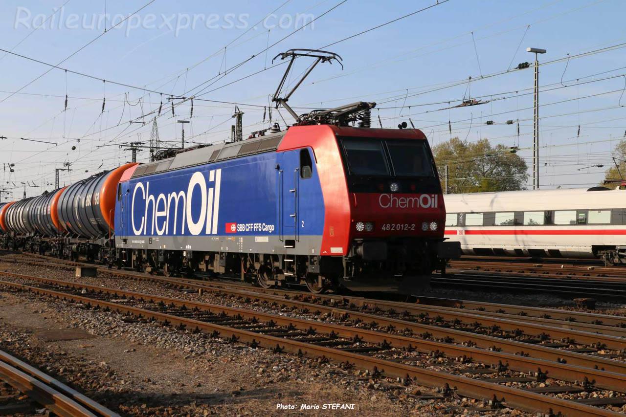 482 012-2 CFF à Basel Bdf (CH)