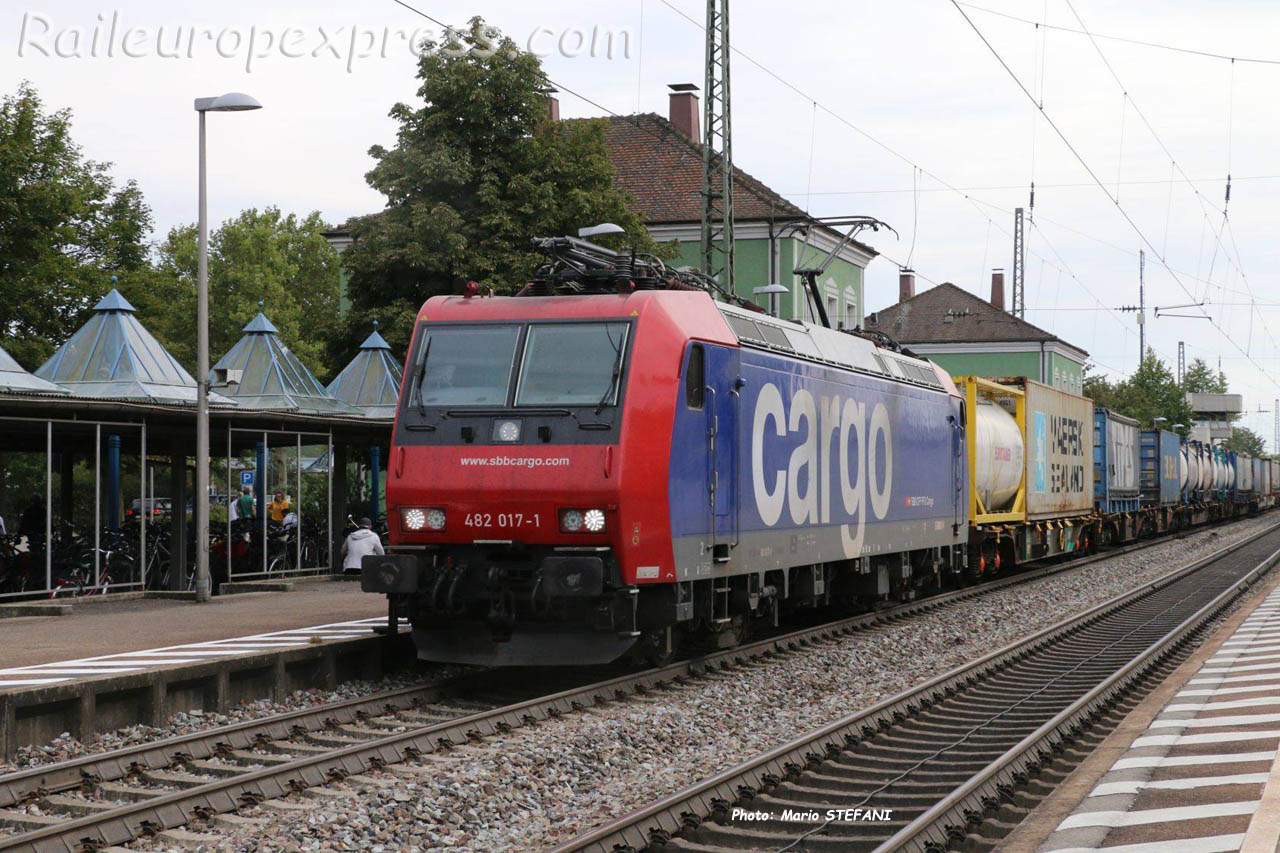 482 017-1 CFF à Müllheim (D)