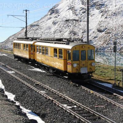 ABe 4/4 30 et 34 RhB en UM à Bernina Ospizio (CH)