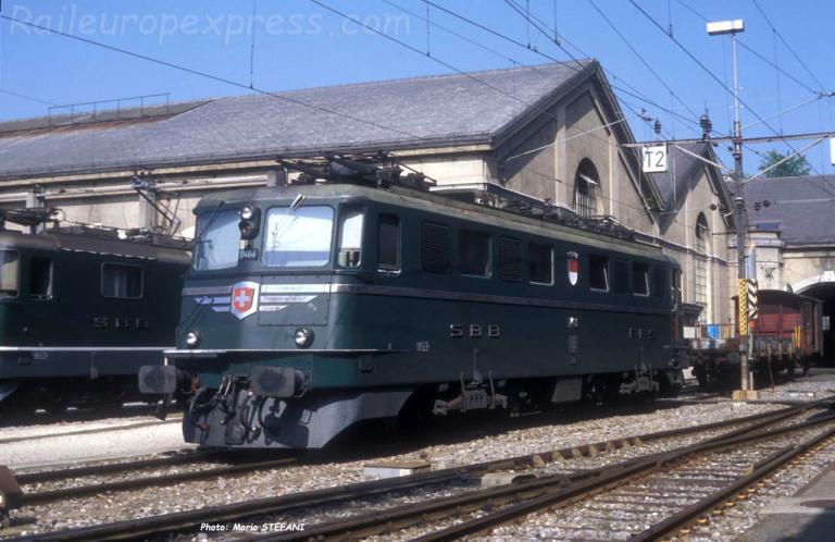 Ae 6/6 11408 CFF à Bern (CH)