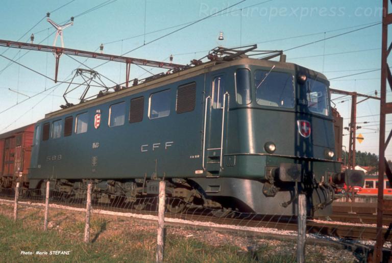 Ae 6/6 11483 CFF à Palézieux (CH)