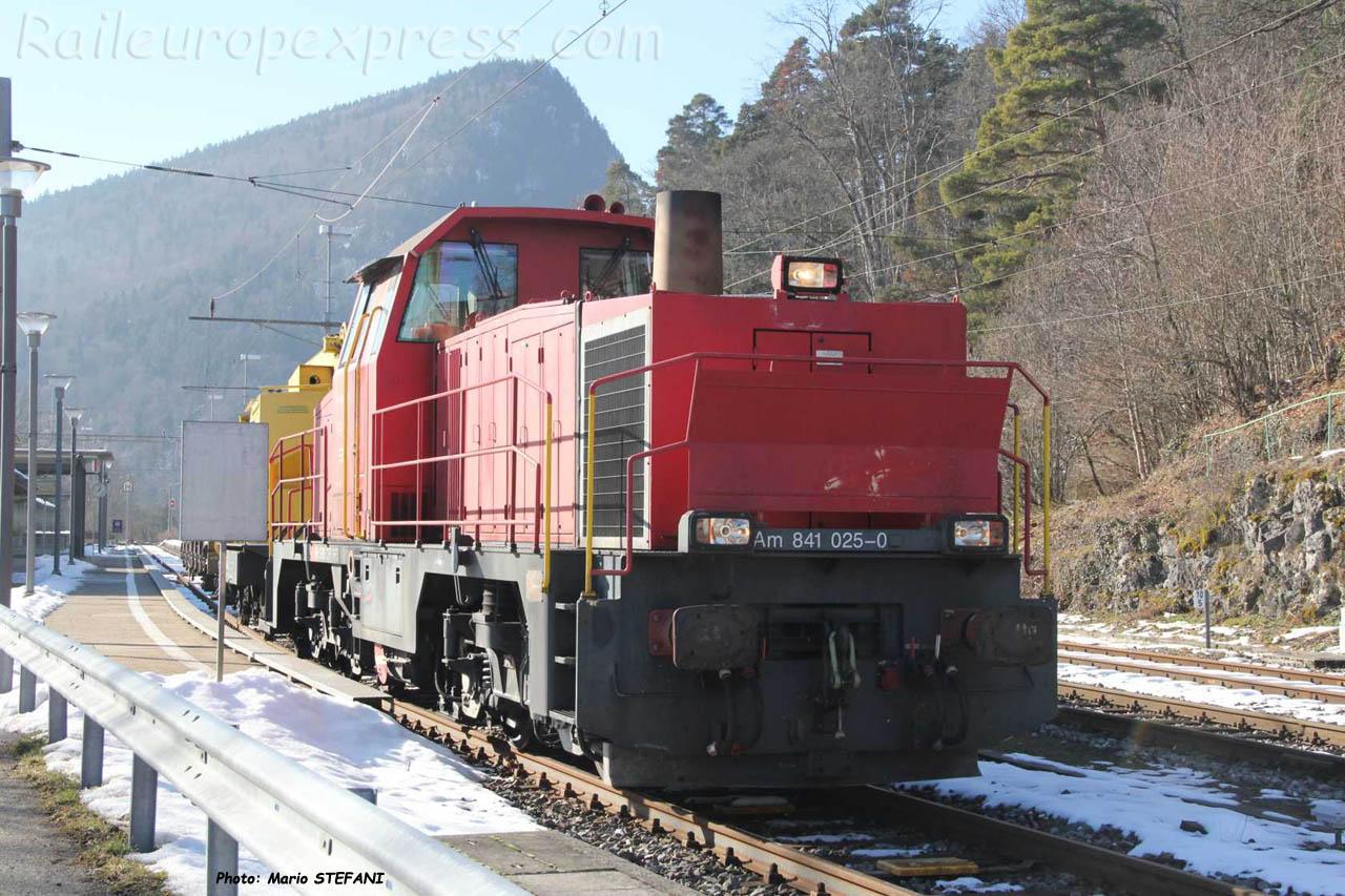 Am 841 025-0 CFF à Chambrelien (CH)