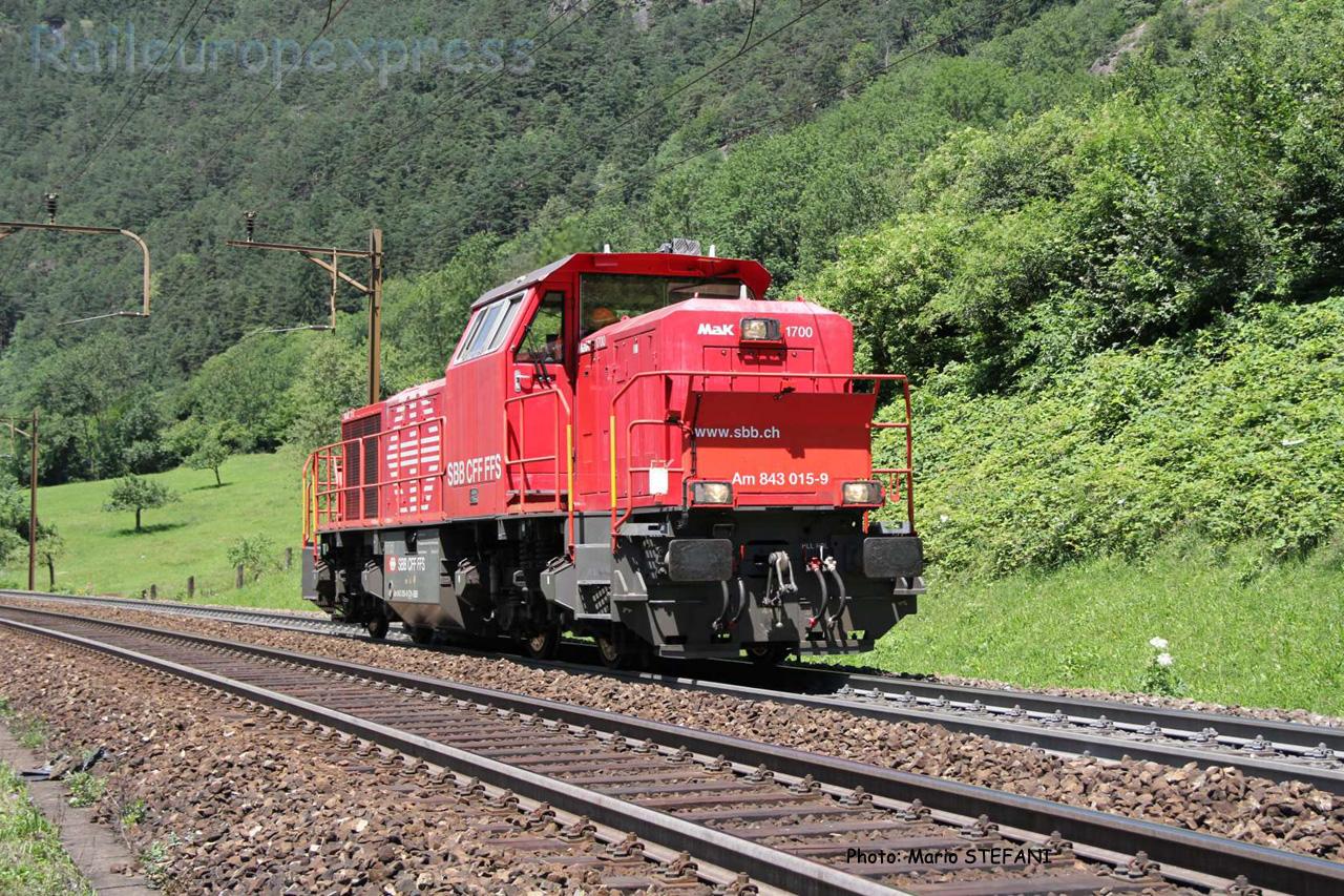 Am 843 015-9 CFF à Ertsfeld (CH)