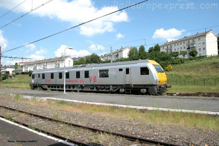 Autorail V6 SNCF à Saint Flour (F-15)