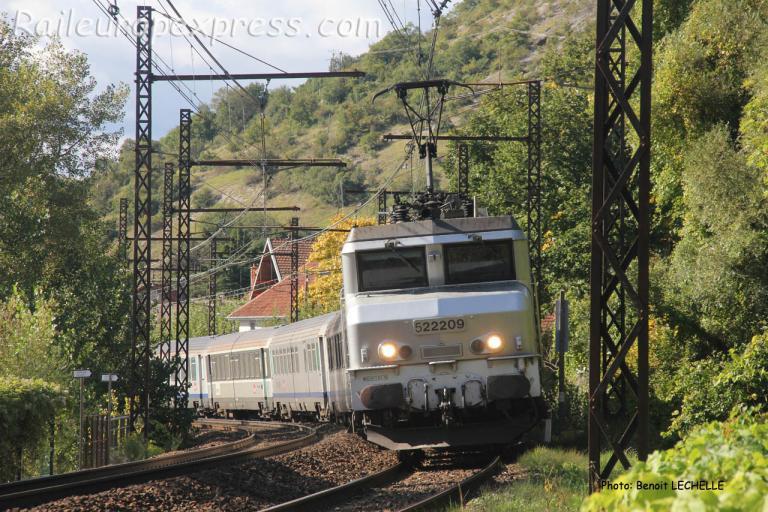 BB 22209 SNCF à Brison (F-74)
