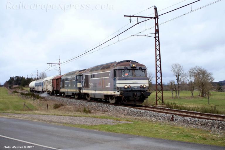 BB 67224 SNCF à Albaret Sainte Marie (F-15)