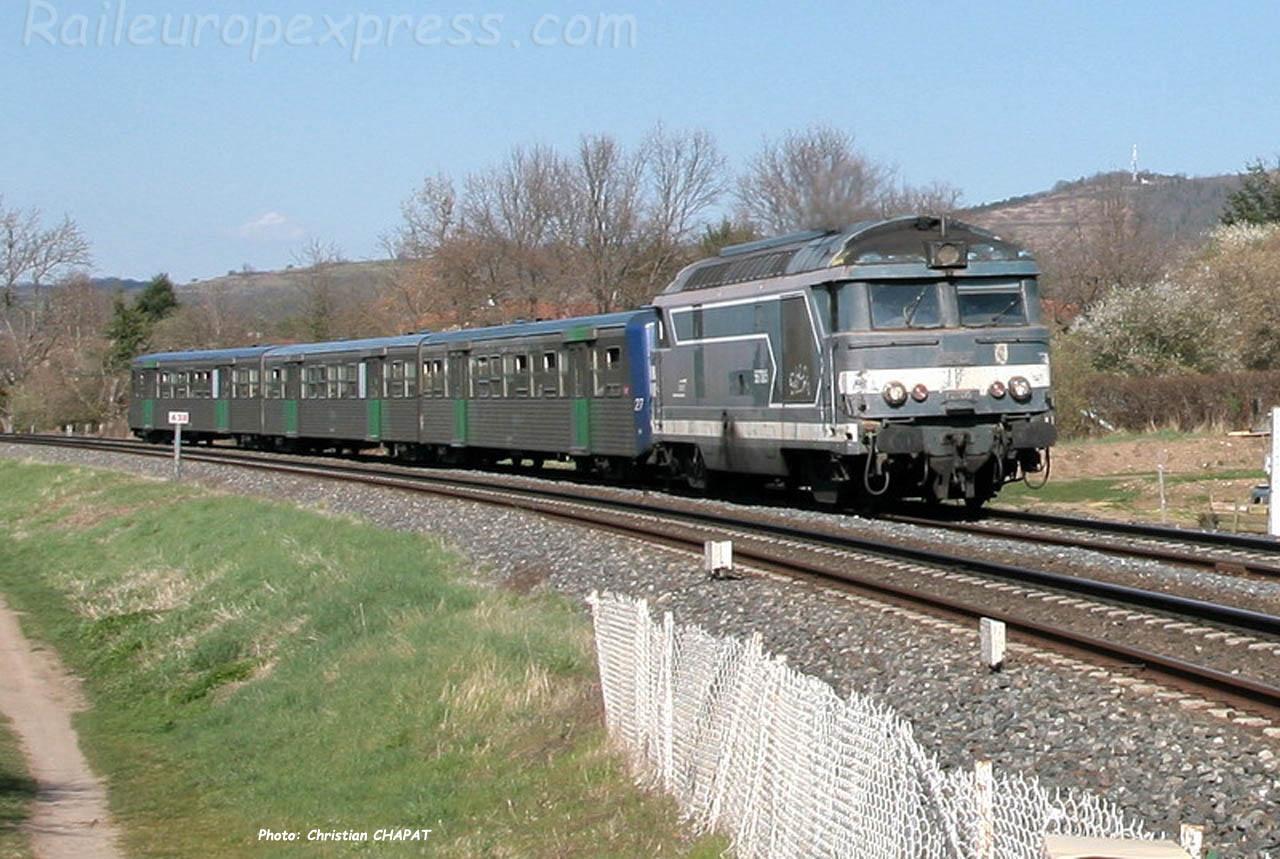 BB 67305 SNCF à Vic le Comte (F-63)
