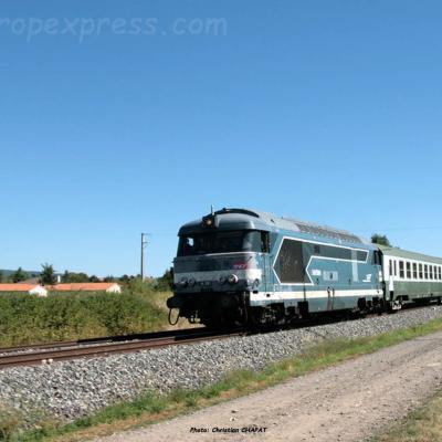 BB 67400 SNCF au Breuil sur Couze (F-63)