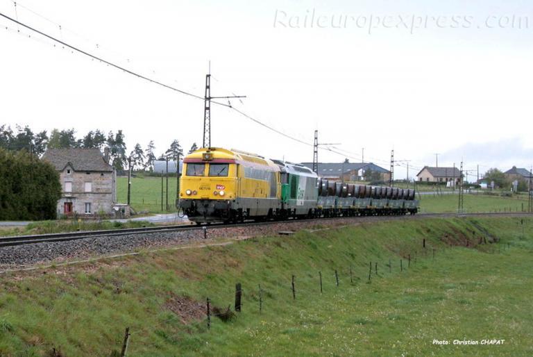 BB 67516 SNCF à Loubaresse (F-15)