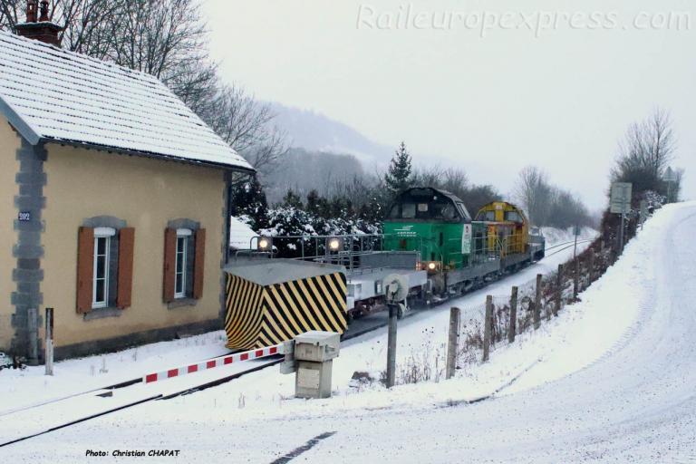 BB 69205 et 69316 SNCF près de Neussargues (F-15)