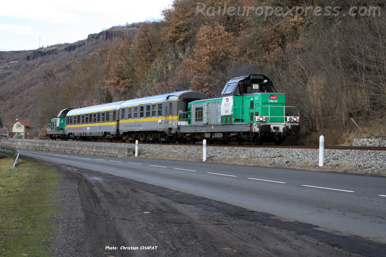 BB 69410 SNCF et train Mauzin au Babory de Blesles (F-43)