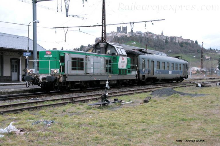BB 69461 SNCF et wagon graisseur St Flour (F-15)