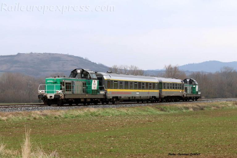 BB 69484 SNCF et train Mauzin près du Breuil / Couze (F-43)