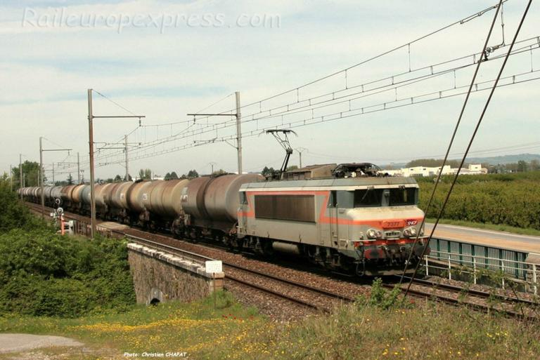 BB 7377 SNCF à Andance (F-07)