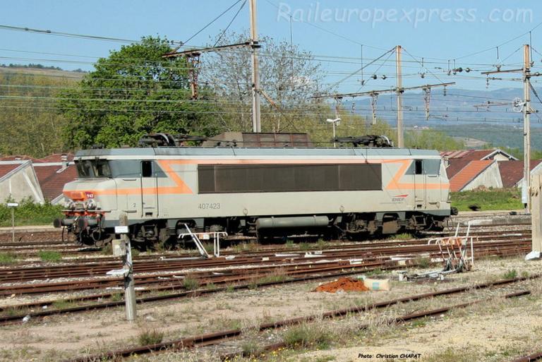 BB 7423 SNCF à Saint Rambert d'Albon (F-26)