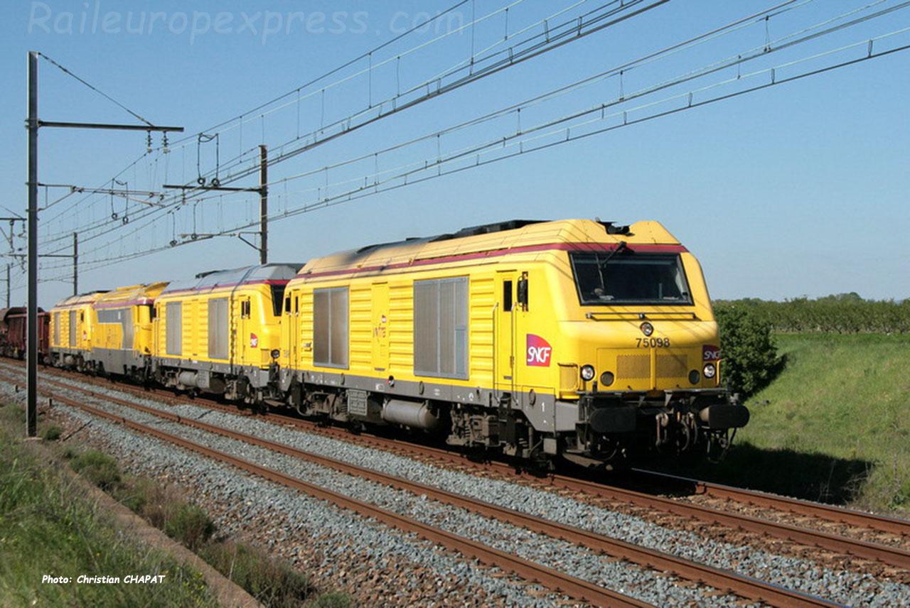 BB 75098 SNCF à Laveyron (F-26)