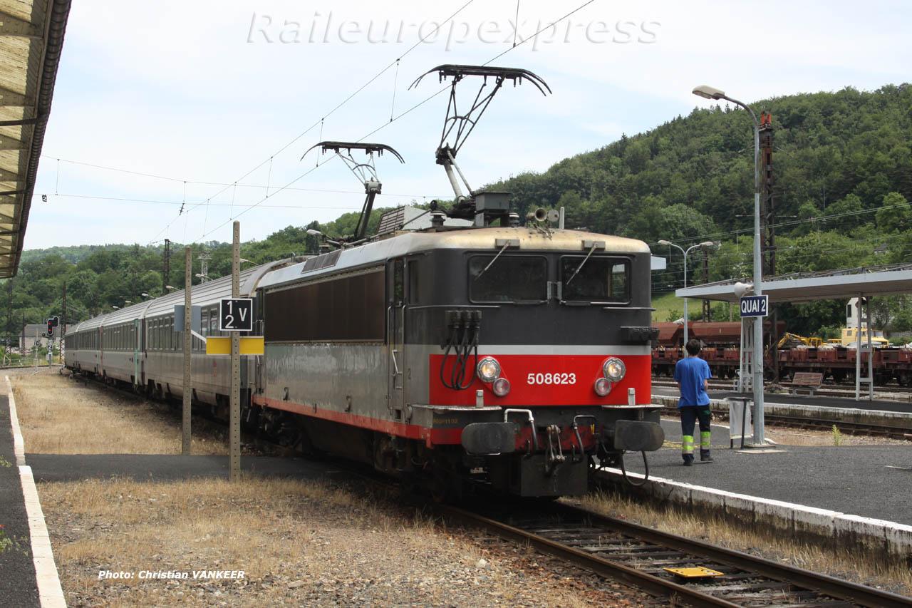 BB 8623 SNCF à Neussargues