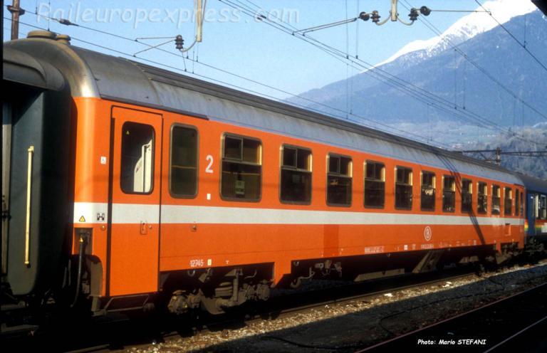B I 10 C1 SNCB à Brig (CH)