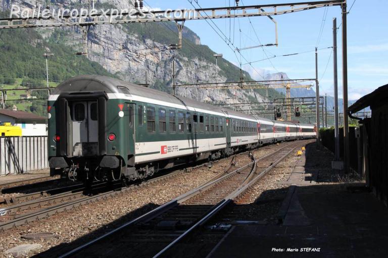 Bm 51 UIC X CFF à Erstfeld (CH)