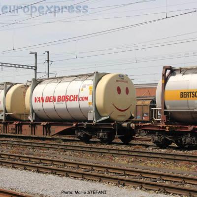 Container Van den BOSCH Smiley Pratteln (CH)
