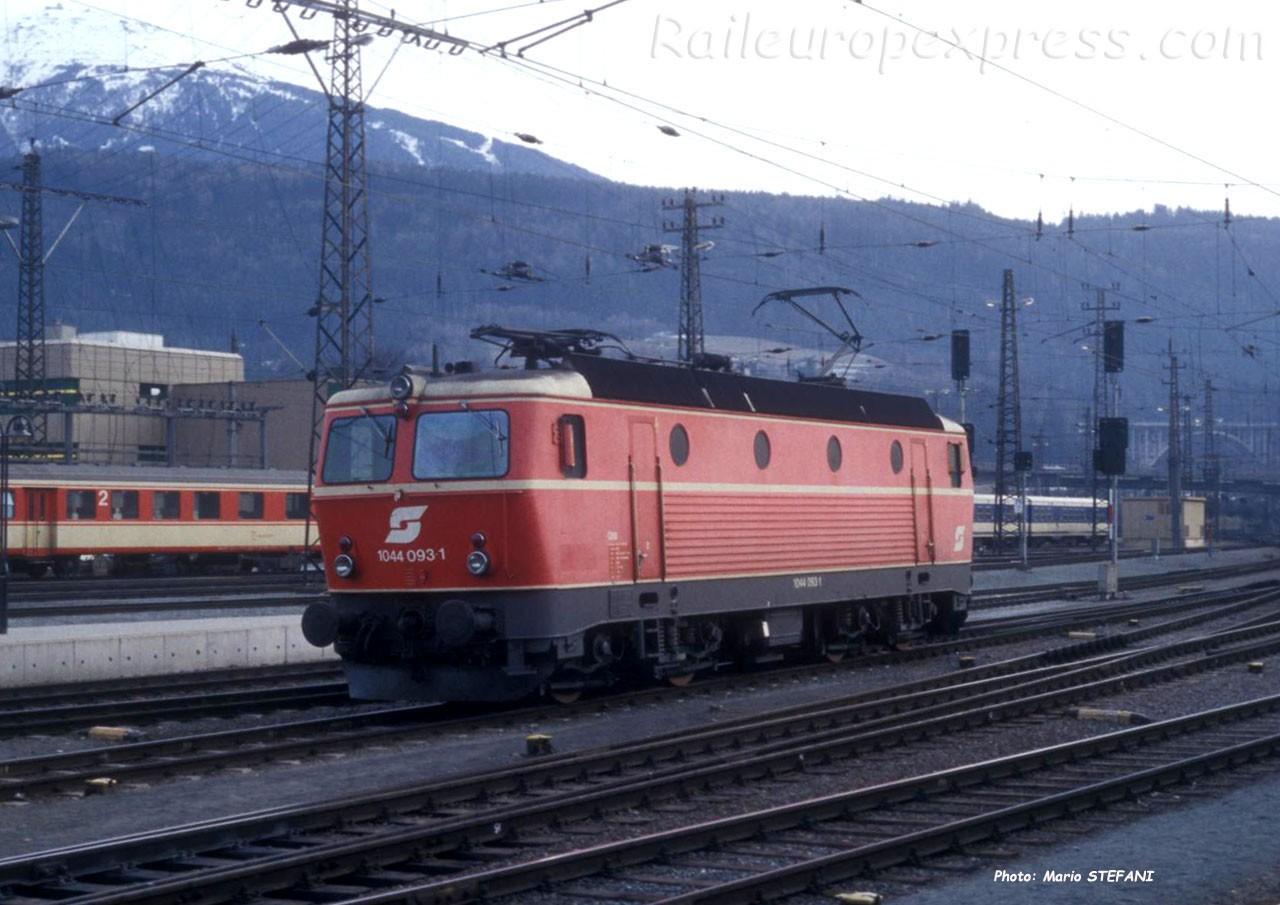 1044 093-1 OBB à Innsbruck (A)