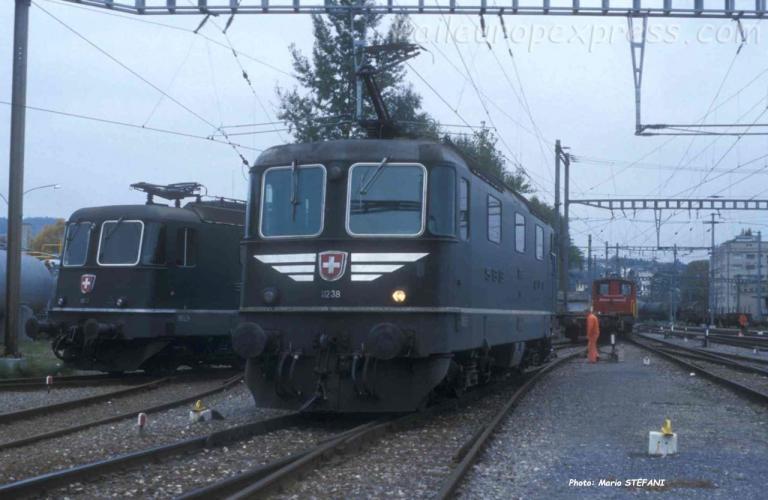 Re 4/4 II 11238 CFF à Yverdon (CH)