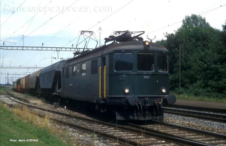 Re 4/4 I 10041 CFF à Onnens (CH)