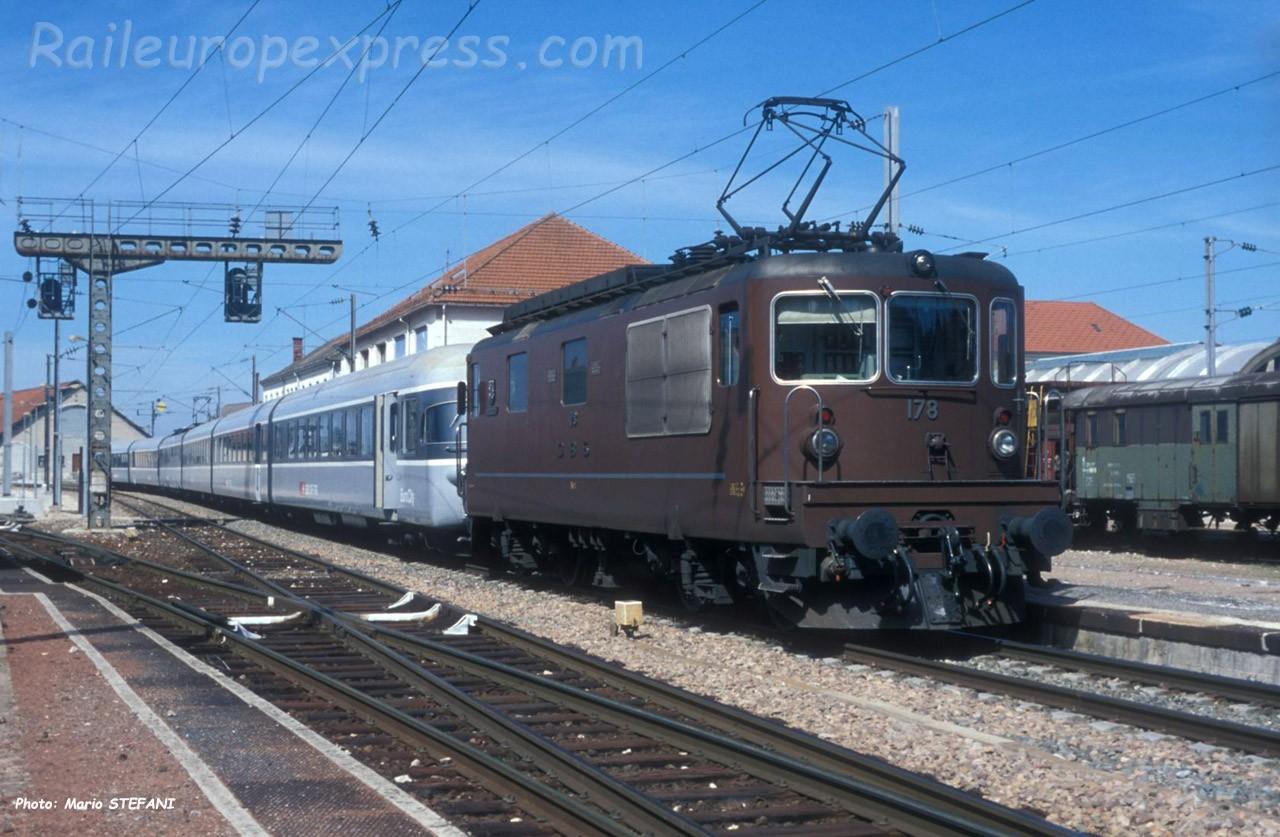 Re 4/4 178 BLS à Pontarlier (F)