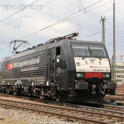 ES 64 F4 107 MRCE à Basel (CH)