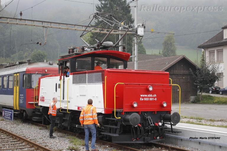 Ee 933 001-0 CFF à Laufelfingen (CH)
