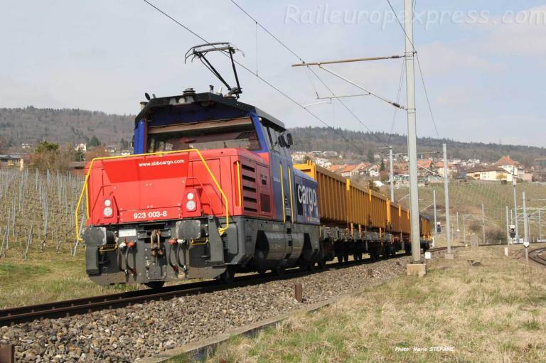 Eem 923 003-8 CFF à Auvernier (CH)
