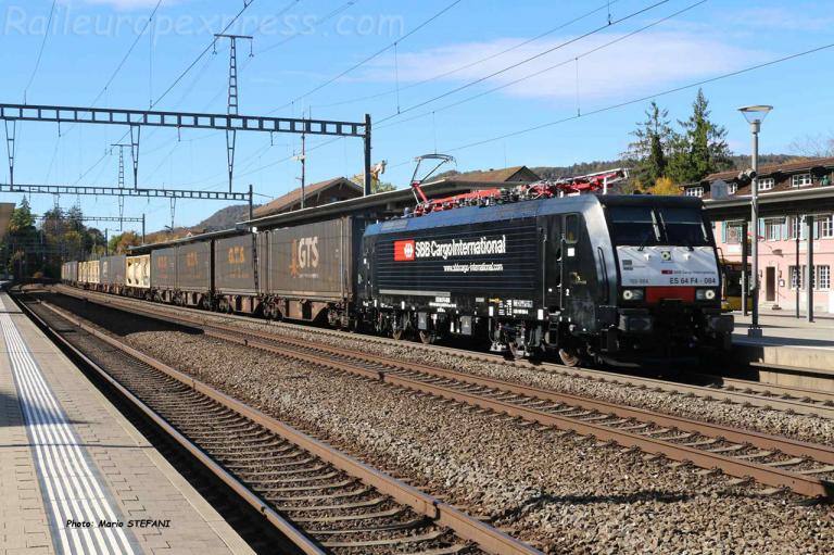 ES 64 F4 084 CFF à Sissach (CH)