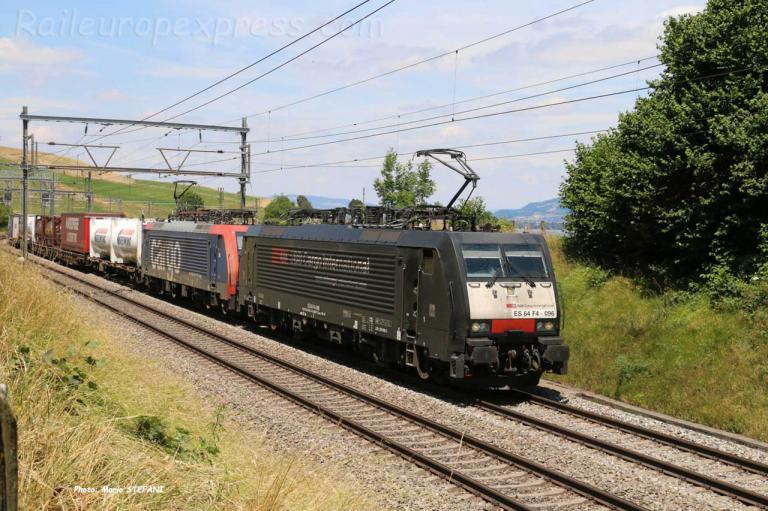 ES 64 F4 096 CFF à Kumm (CH)