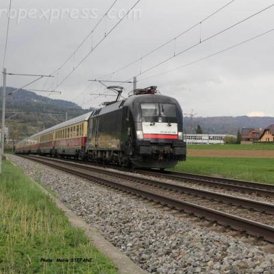 ES 64 U2-096 MRCE à Boudry (CH)