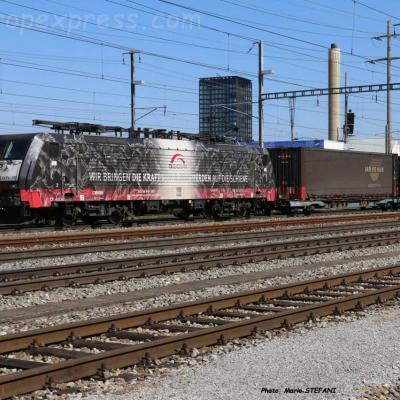 ES64 F4 097 MRCE à Pratteln (CH)