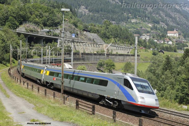 ETR 470 CFF à Wassen (CH)