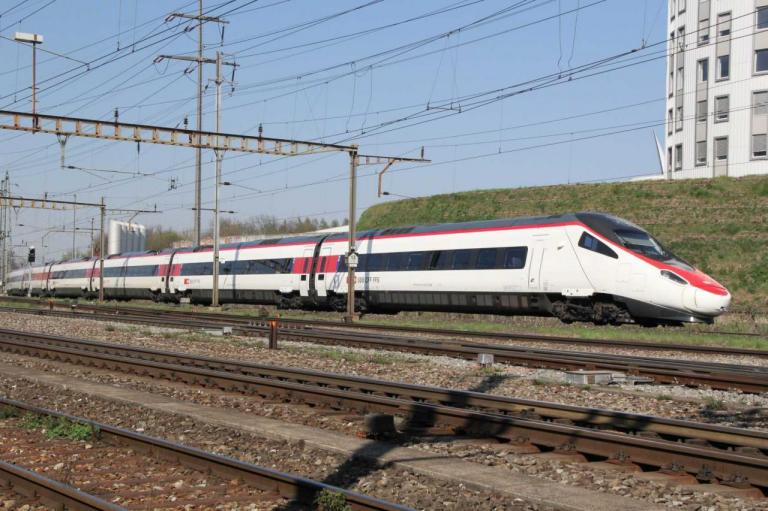 ETR 610 CFF à Prattlen (CH)