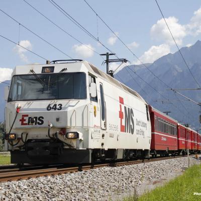 Ge 4/4 III 643 RhB à Felsberg