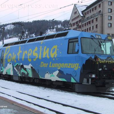 Ge 4/4 651 RhB à St Moritz (CH)